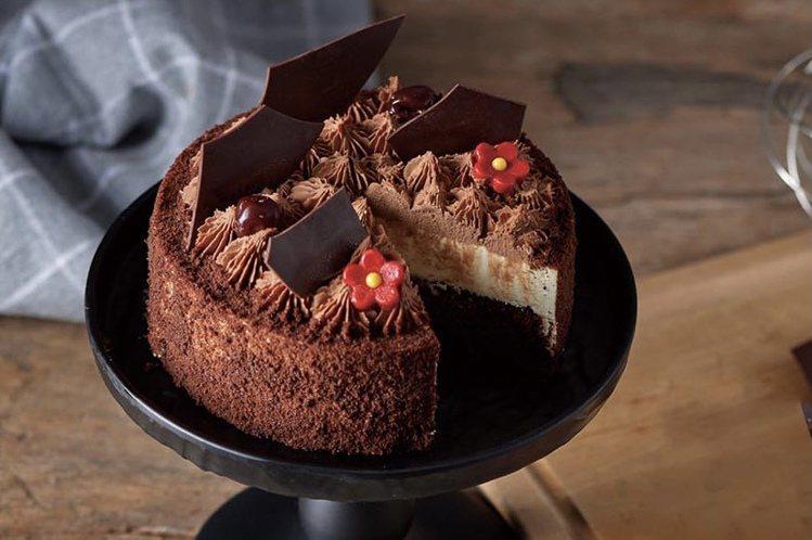 6吋多那之絮語蛋糕,售價558元。圖/家樂福提供