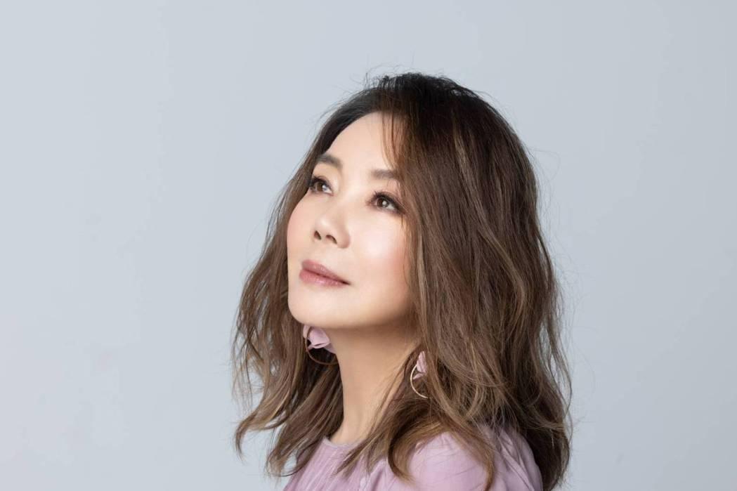 辛曉琪睽違2年半發行全新單曲「遙寄」。圖/三元素影藝提供