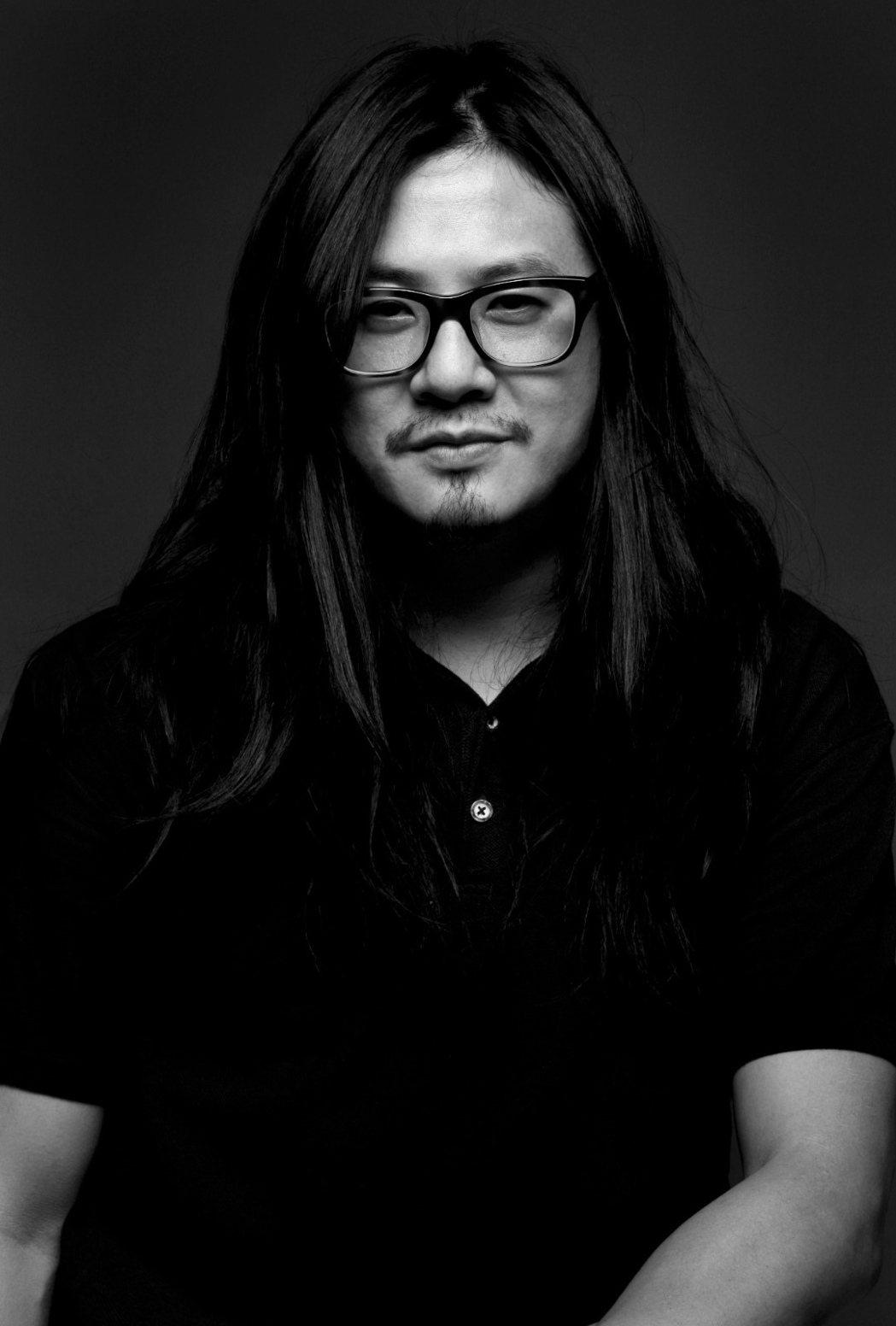 夏永康是香港知名攝影師。圖/星空飛騰提供