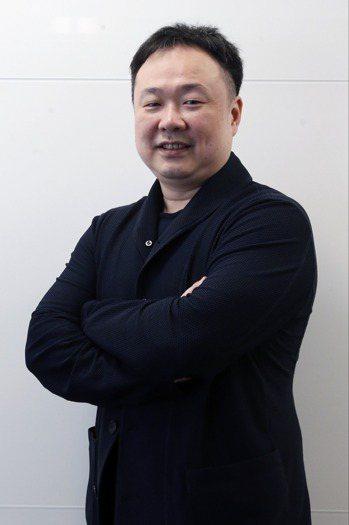 仁新醫藥公司董事長林雨新 記者鄭超文/攝影