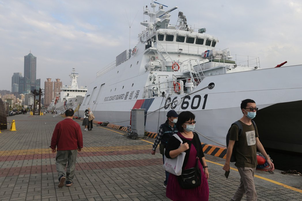 海巡署想設立航空分署的說帖,就是解放軍的大型慢速機,近期密集侵擾台灣防空識別區西南角空域。 圖/聯合報系資料照