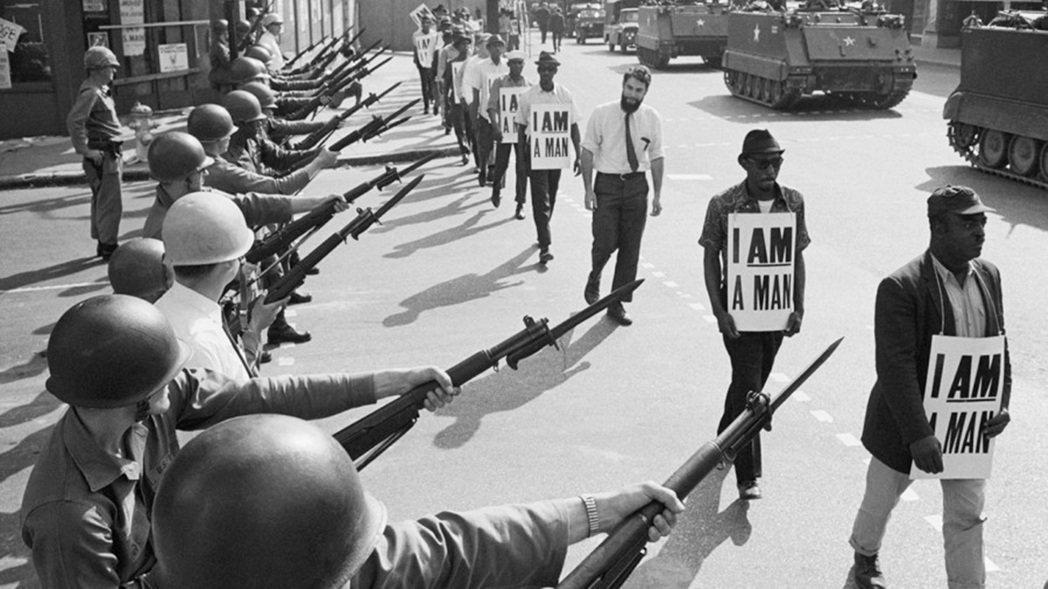 1968年3月28日在田納西州的孟菲斯工人大罷工,爭取有色人種的勞動公平待遇,金...