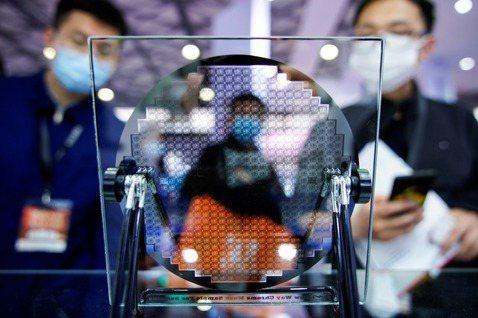 半導體生死戰(上):中國「芯」會碎一地嗎?
