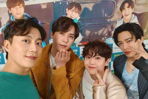 韓國人氣組合Highlight將出擊綜藝《認識的哥哥》。13日,據韓媒報導,Highlight將參與15日進行的JTBC綜藝節目《認識的哥哥》的錄製。 節目將於本月中旬播出。Highlight早前公...