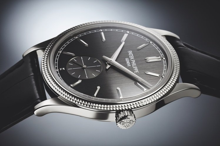Calatrava編號6119G-001巴黎飾釘腕表,39毫米白金表殼配垂直磨拭...