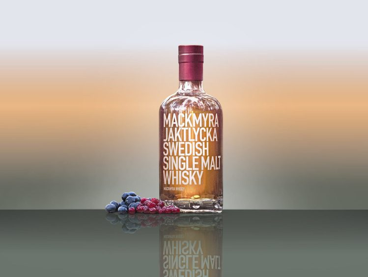 麥格瑞秋獵富有迷人的藍莓與蔓越莓風味。圖/麥格瑞提供。提醒您:禁止酒駕 飲酒過量...