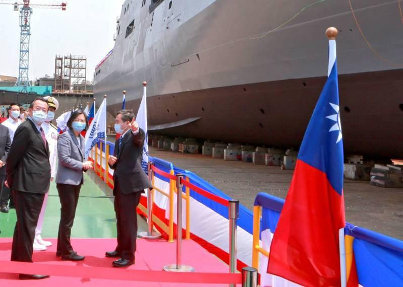 總統蔡英文今主持「玉山軍艦」命名暨下水典禮。圖/台船提供