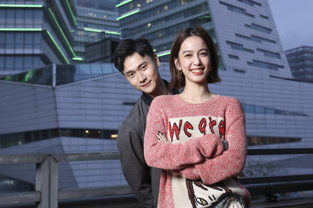 陳庭妮(左)、劉冠廷在「火神的眼淚」中飾演消防員。記者王聰賢/攝影