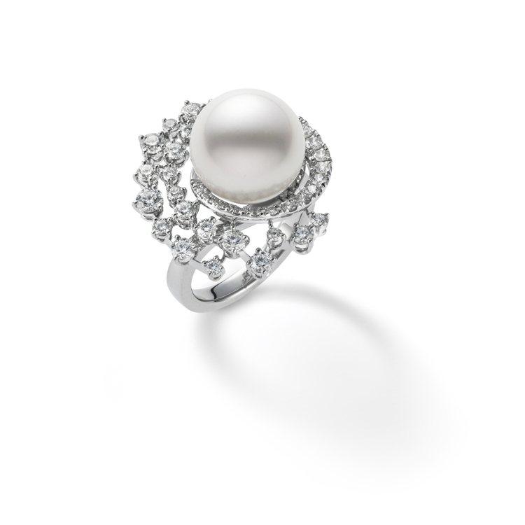 MIKIMOTO頂級珠寶系列漩渦造型南洋珍珠鑽戒,116萬元。圖/MIKIMOT...