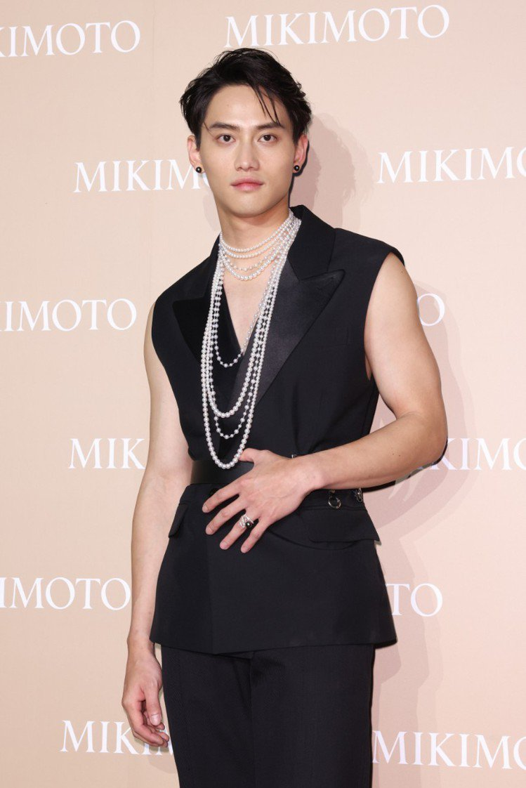 范少勳配戴MIKIMOTO珍珠珠寶出席My Mikimoto, My Style...
