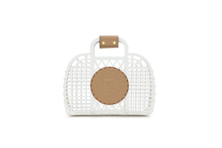 FENDI Basket小型尺寸造型包款,20,500元。圖/FENDI提供