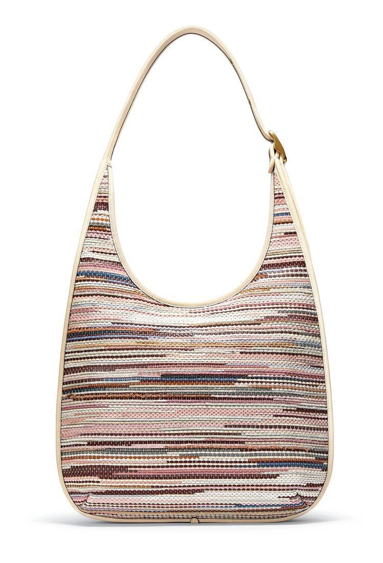 Ergo編織單肩手袋,27,800元。圖/COACH提供