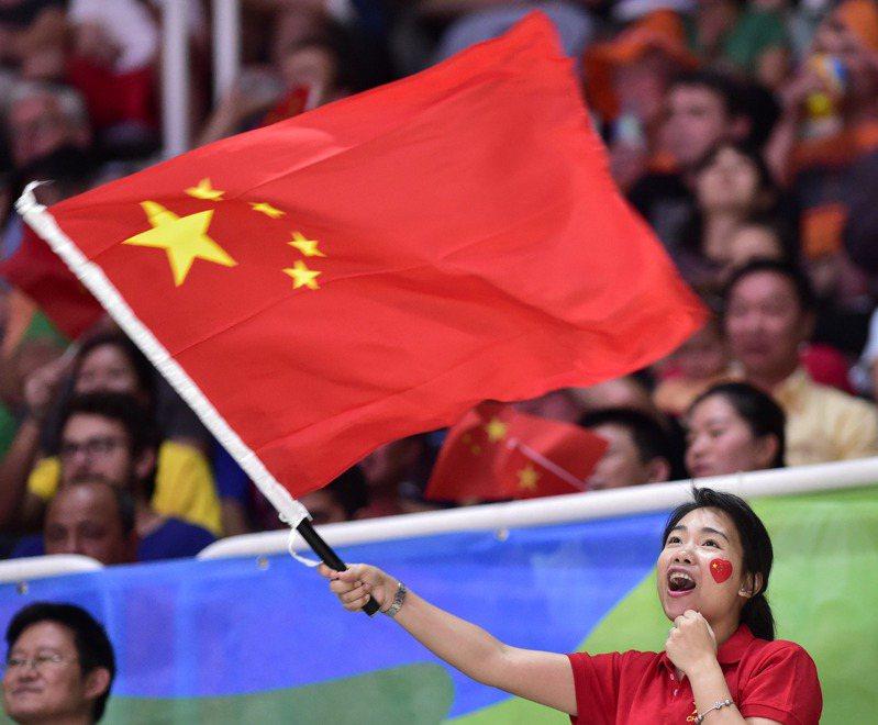 中國女子體育團隊超爭氣,三大球通通殺入東奧正賽,有別於男子三大球都幾乎緣盡東奧。 UCD匯入