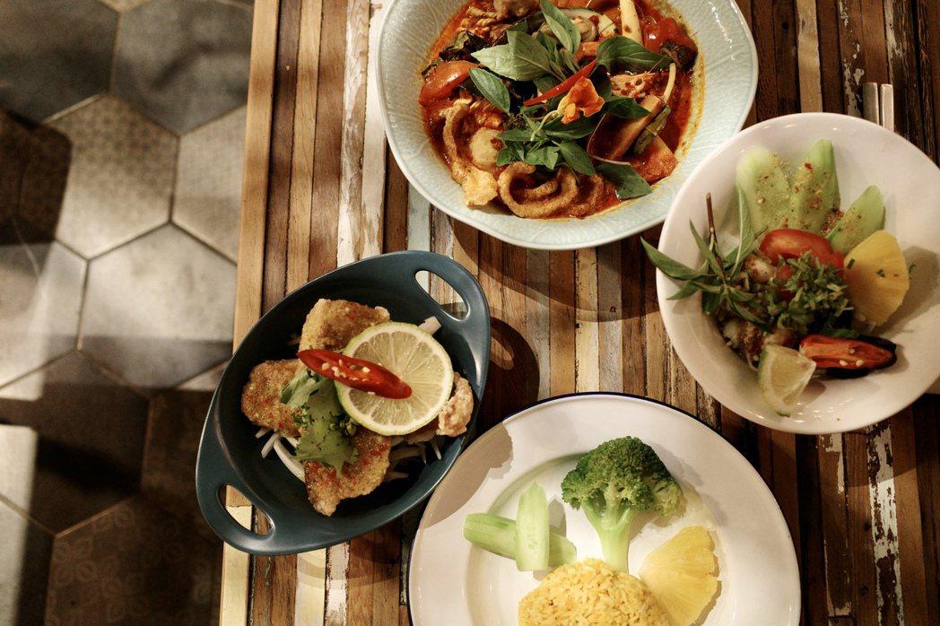到泰國園子找想養的植物品種,因緣際會也將泰國料理帶回台灣。料理中除了常見的香菜、...