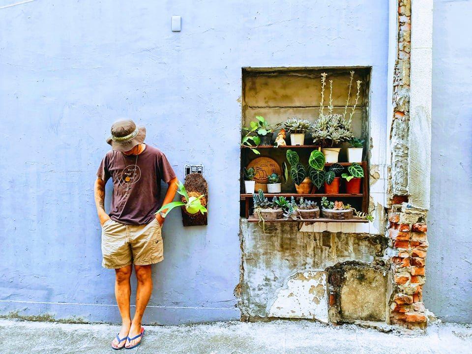 Shadow和植物的日常。「植物就是我生活的一部份,是另類的導師,它不說話,但會...