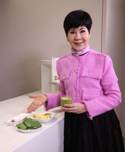 養生達人陳月卿,教你吃對食物保肝又防癌。記者黃義書/攝影 黃義書