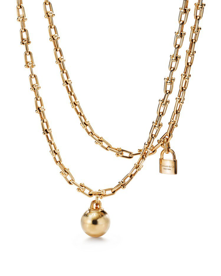 Tiffany HardWear 18K金垂墜球形與鎖扣雙圈項鍊,約60萬元。圖...
