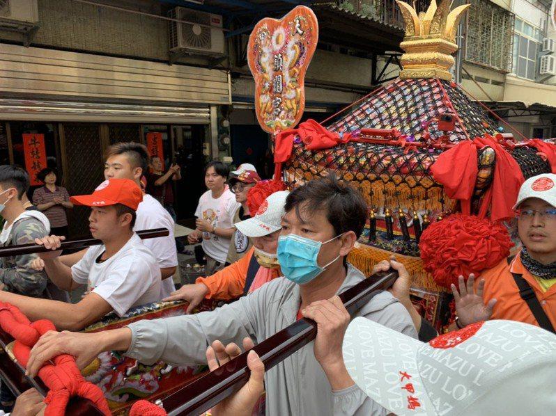 台灣每年熱滾滾的大甲媽、白沙屯媽遶境活動,已被媒體捧為世界三大宗教盛事之一。圖/聯合報系資料照片