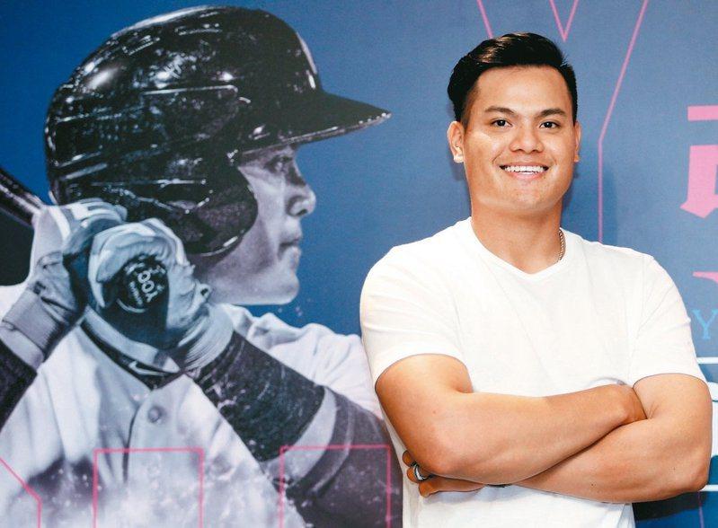 台灣旅美棒球員張育成13日因傳球失誤導致印地安人隊輸球,遭「亞洲腦殘」、「SARS、肺炎病毒」等歧視亞裔的辱罵,但他高情商回應。圖/聯合報系資料照片
