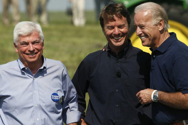 曾有媒體報導,若要形容拜登(右)與陶德(左)的關係,大概就是「忠於彼此」。路透