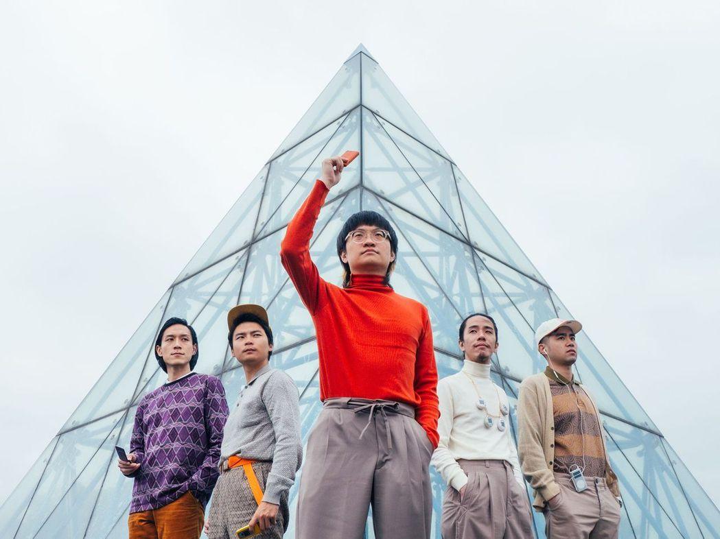 落日飛車將辦「鐵漢柔情之颱風騎士」演唱會。圖/Legacy提供