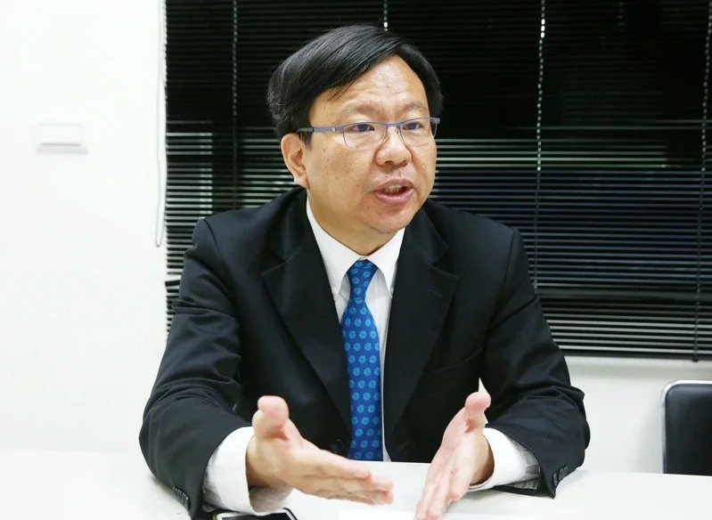 將來銀行前總經理劉奕成。 本報資料照片