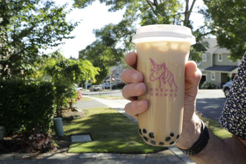 去年5月封鎖防疫期間所做的意見調查顯示,波霸奶茶是加州、夏威夷和密西根熱門外送飲料第一名。美聯社