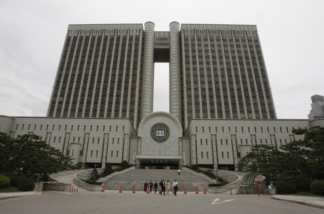 首爾中央地方法院14日對去年酒駕撞死在韓攻讀博士台灣女學生案進行一審宣判。美聯社