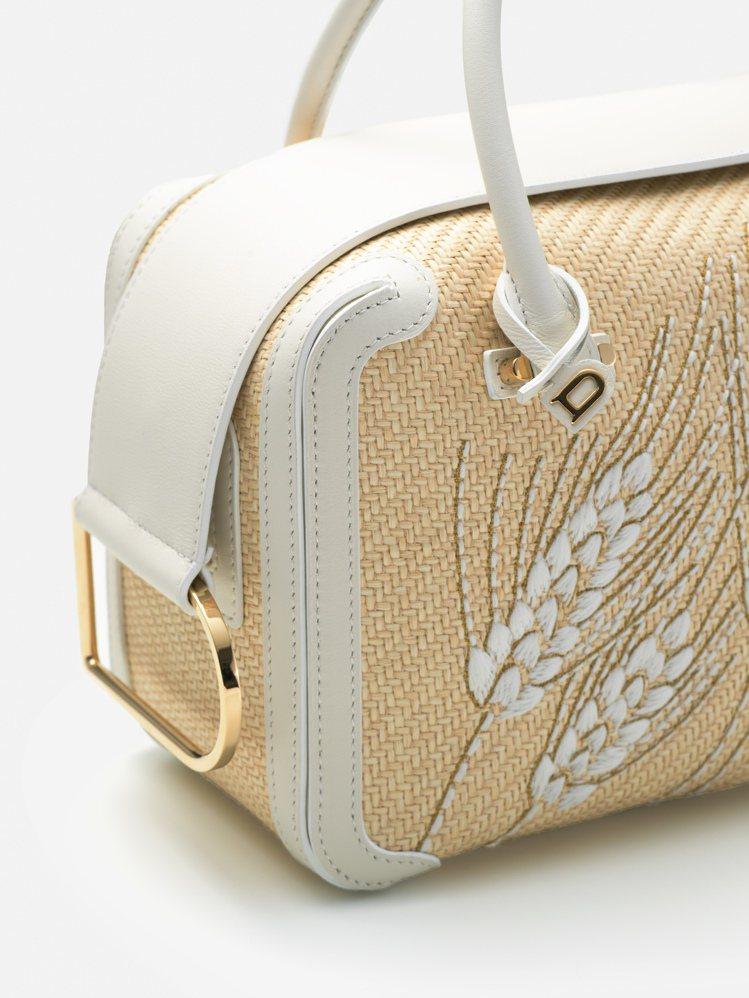 DELVAUX拉菲草與牛皮滾邊手袋的麥穗,是白色棉紡線、金銀絲線刺繡而成。圖/D...