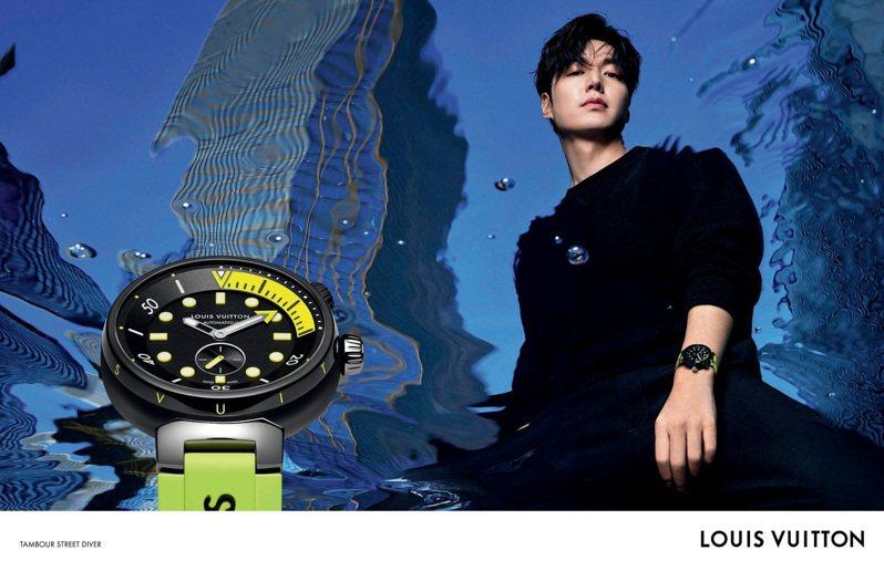 獲獎眾多的南韓演員李敏鎬帥氣演繹霓虹黑的表款。圖/路易威登提供