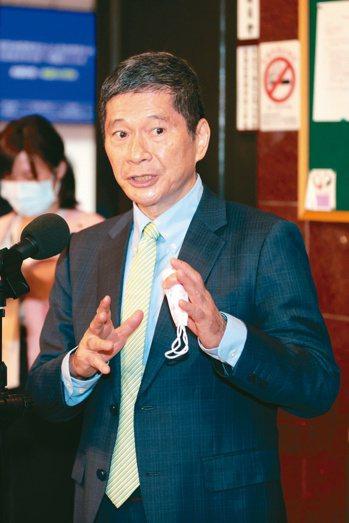文化部長李永得說,公視董、監事選任問題「藍綠執政都一樣難解」。記者/蘇健忠攝影