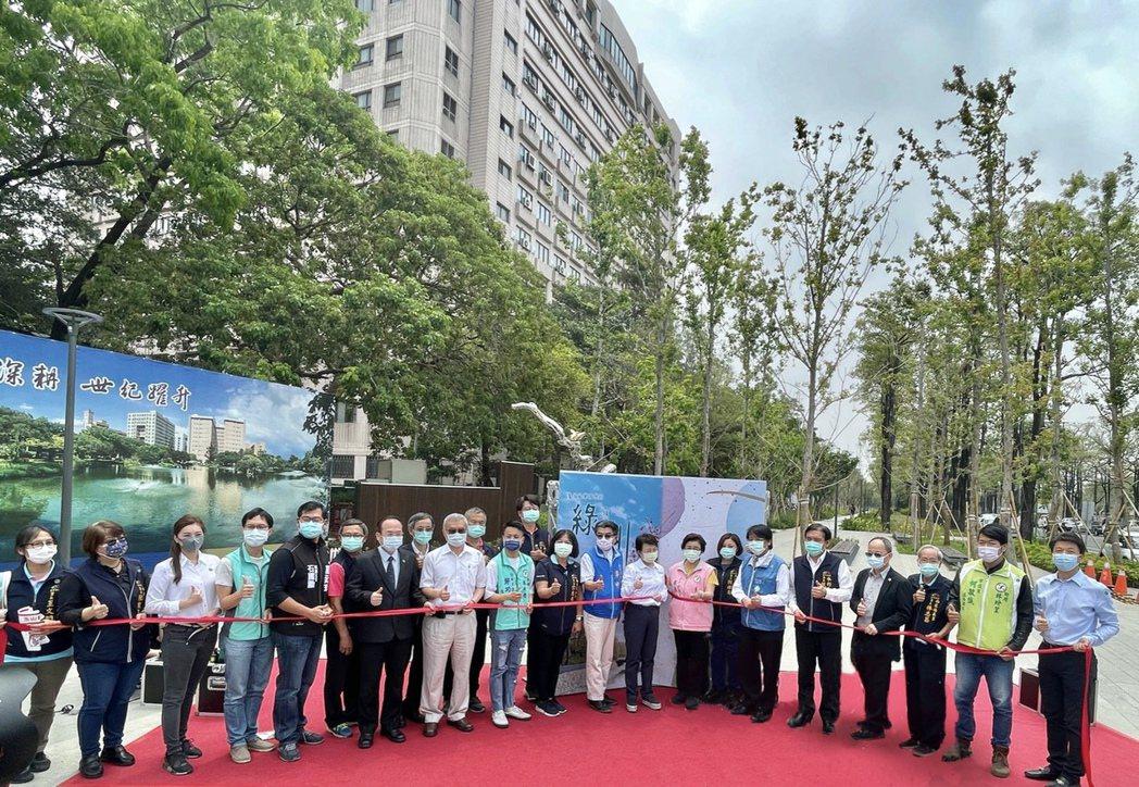 台中市「綠川南區水環境改善計畫」今日完工啟用。記者宋健生/攝影