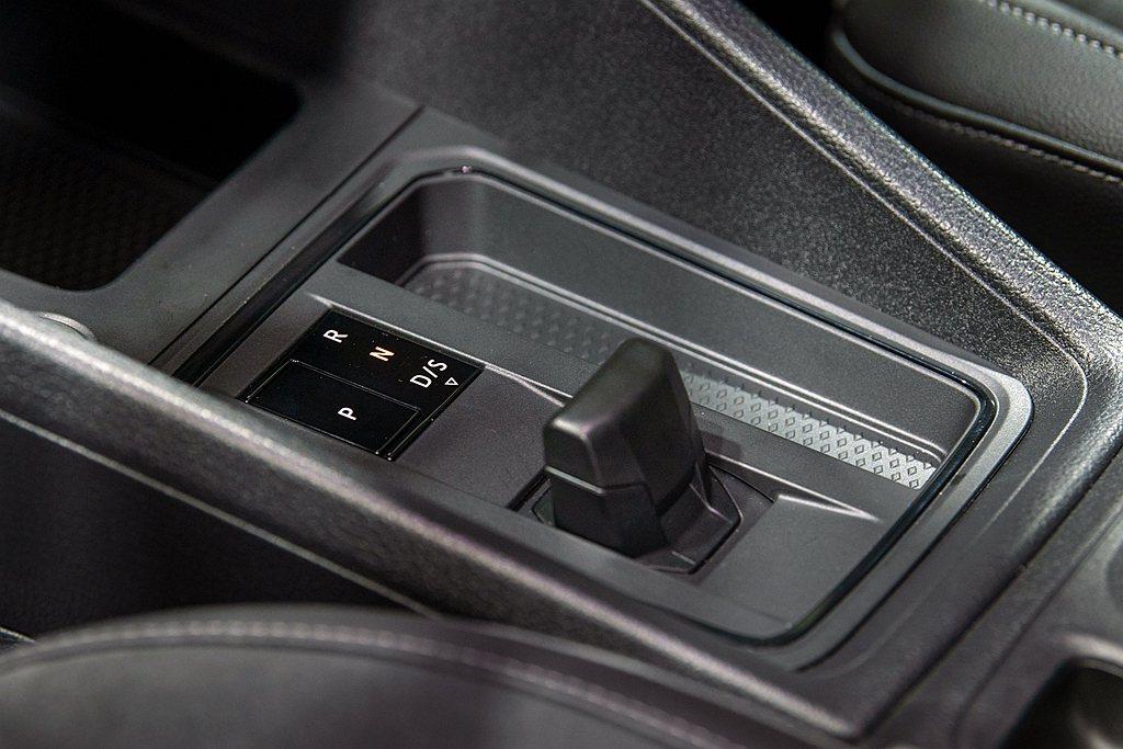 福斯商旅Caddy Maxi TSI Life及Caddy Maxi TDI L...