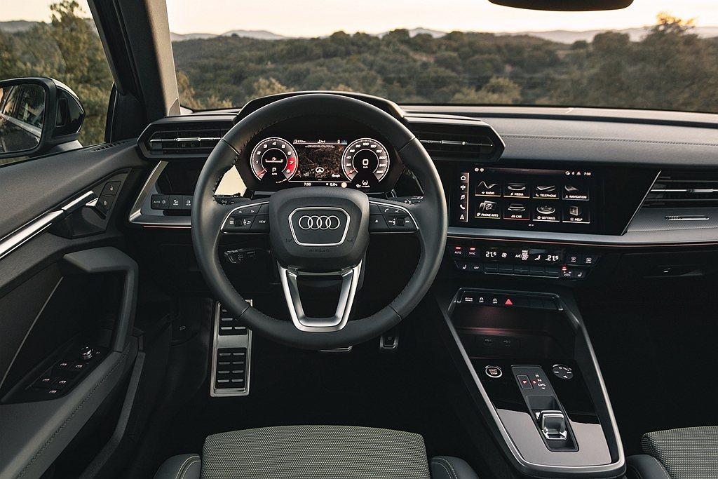 全新Audi A3 Sportback座艙設計以駕駛為導向的新世代直覺化數位座艙...