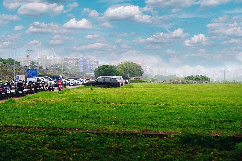 馬場町河濱入口旁汽機車停車場