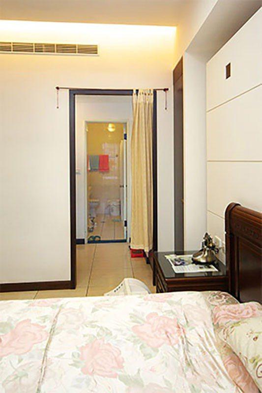 「床鋪對廁所」容易導致身體健康受到影響,特別是對到的部分包含頭部脖子以上時。