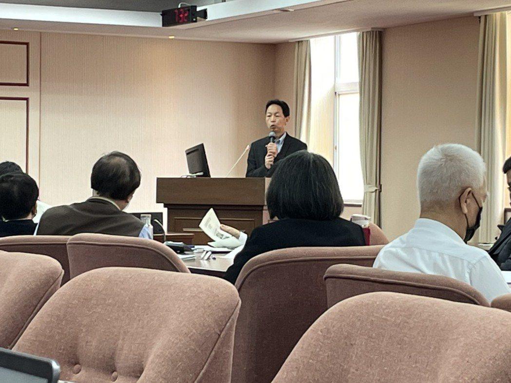 桃園機場公司前總經理、台鐵改革小組成員林祥生。記者曹悅華/攝影