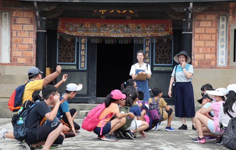 李騰芳古宅是大溪木博館群環境教育場域中的古蹟亮點。圖/桃園市文化局提供