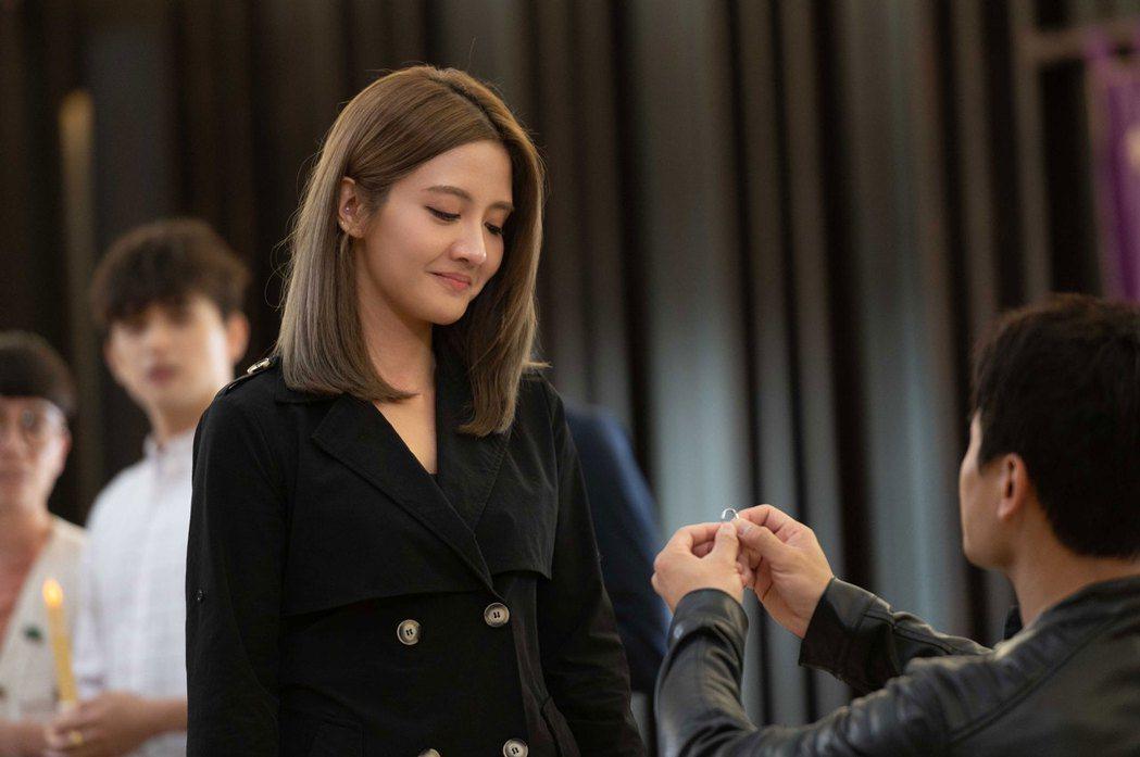 李宣榕被求婚戲感動到哭。圖/TVBS提供