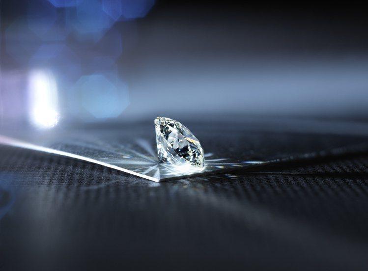 HEARTS ON FIRE全世界車工最完美的鑽石。圖/HEARTS ON FI...
