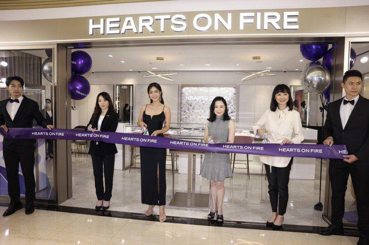 HEARTS ON FIRE全新進駐微風信義 開幕剪綵儀式。記者王聰賢/攝影