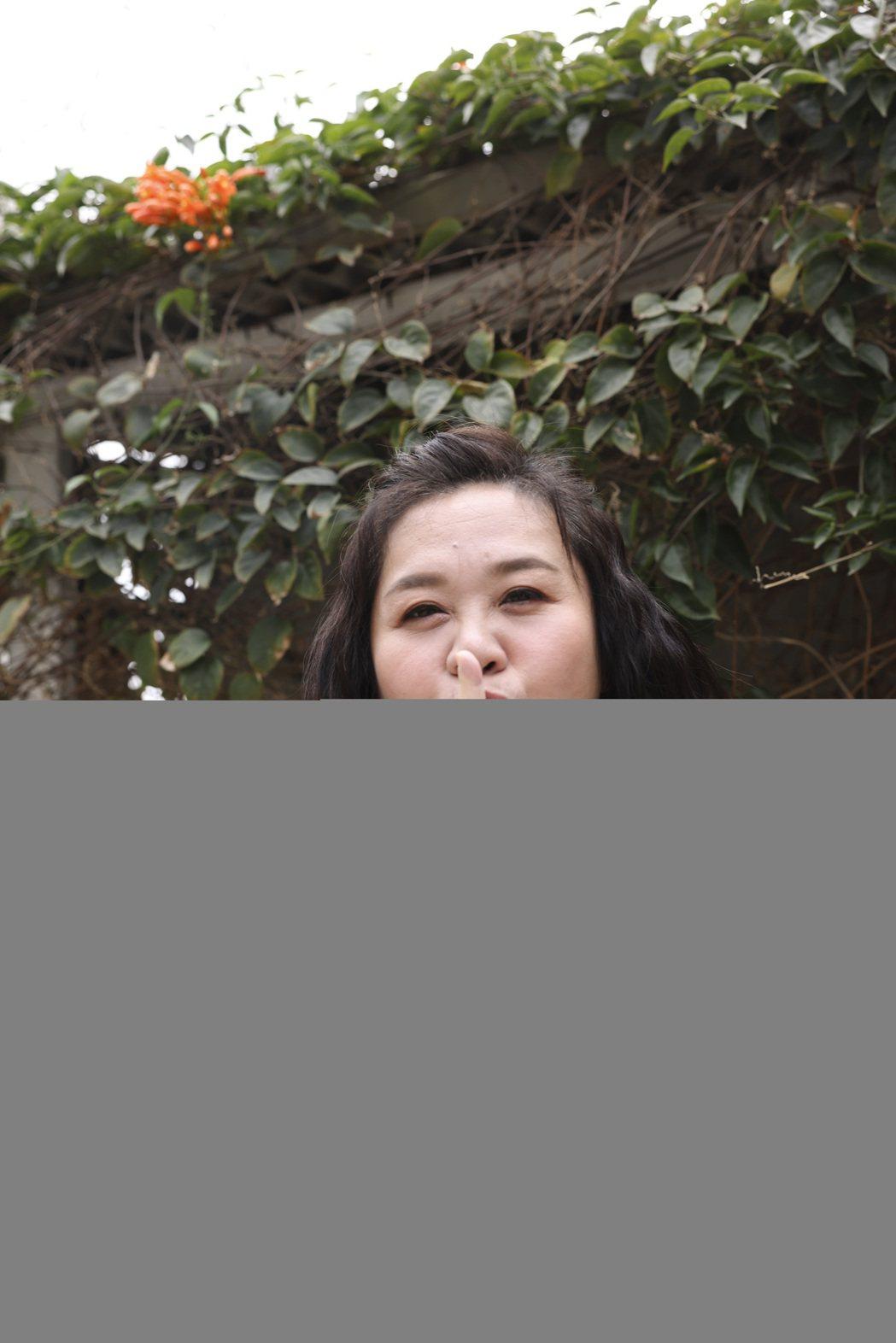 鍾欣凌在「當男人戀愛時」裡過足戲癮,使壞演地下錢莊老闆娘「蔡姐」。記者王聰賢/攝...