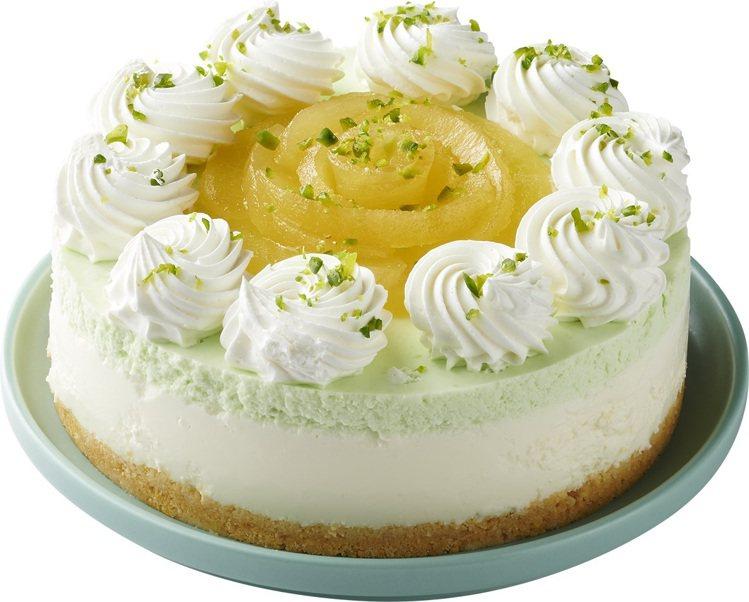 青森蘋果生乳酪蛋糕,售價499元。圖/全聯福利中心提供