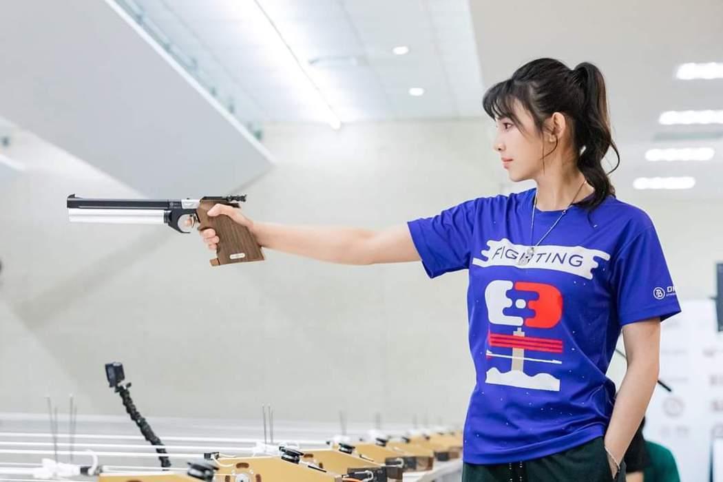 釆子表示要退出「全明星運動會」。圖/摘自臉書