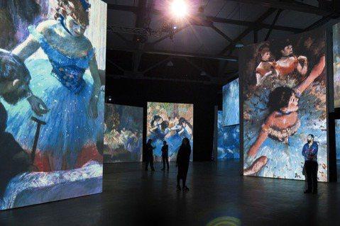 一次集結包含莫內、竇加、雷諾瓦、塞尚等18位印象派大師共2,000多幅經典作品,...