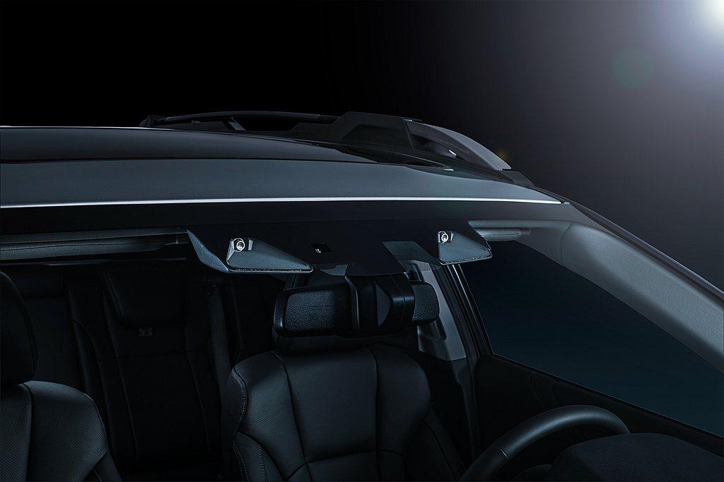 「EyeSight 4.0智能駕駛安全輔助系統」,以既有的六大功能再新增「LCF...