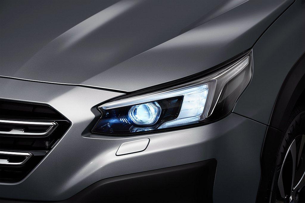 全新Subaru Outback搭載ADB智慧型自適應頭燈,採自動水平雙功能頭燈...