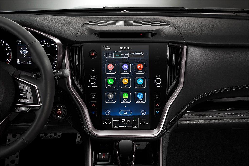 全新11.6吋智慧影音觸控螢幕,以更為直覺及便利的設計,同步支援Apple Ca...