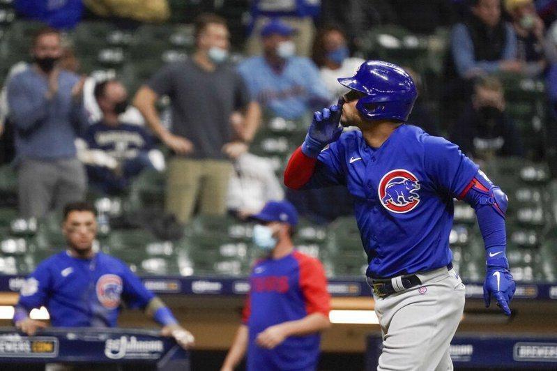 小熊當家捕手康崔拉斯(Willson Contreras)對媒體坦承,自己刻意要求投手投出故意觸身球 美聯社。
