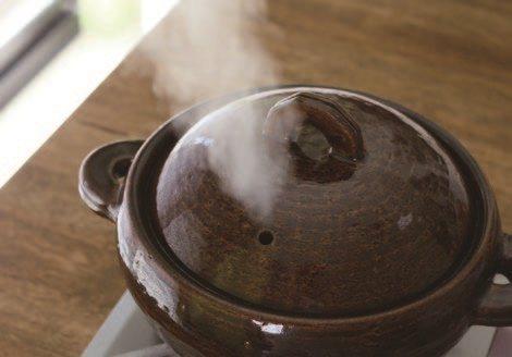 蓋上鍋蓋,以大火將水煮沸。 圖/悅知文化 提供